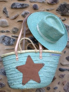 CAPAZO V Ibiza, Turquoise Cottage, Painted Baskets, Basket Bag, Summer Accessories, Summer Bags, Mode Style, Bunt, Straw Bag