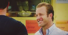 mcdanno hawaii five 0 danny williams 5.12 gifs  sure that's how you look at your partner eherm