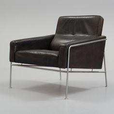 """ARNE JACOBSEN ARNE JACOBSEN, easy chair, model 3300, Fritz Hansen, Denmark.  Signed with stamp: """"FH Made in Denmark""""."""