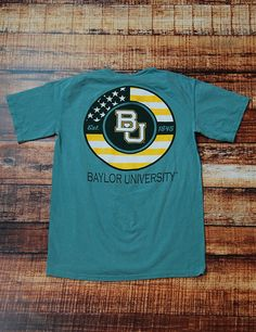ATTENTION! This comfort colors Baylor University t-shirt has a FROCKET!