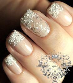Wedding Nails-A Guide To The Perfect Manicure – NaiLovely Gold Nail Designs, Nail Polish Designs, Beautiful Nail Designs, Cute Nails, Pretty Nails, My Nails, French Nails, Nail Techniques, Bride Nails