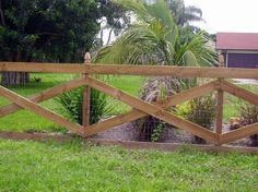 5 Flattering Clever Tips: Metal Farm Fence escape proof dog fence.Dog Fence Vinyl horizontal fence with brick. Cheap Privacy Fence, Yard Privacy, Privacy Fence Designs, Cheap Fence Ideas, Low Fence, Lattice Fence, Small Fence, Fence Landscaping, Backyard Fences