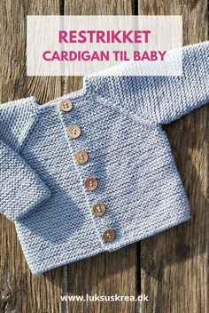 Free Aran Knitting Patterns, Baby Cardigan Knitting Pattern Free, Baby Boy Knitting Patterns, Baby Dress Patterns, Baby Clothes Patterns, Knitting For Kids, Easy Knitting, Cardigan Bebe, Baby Sweaters