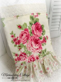 Shabby Retro barefoot Roses kitchen towel