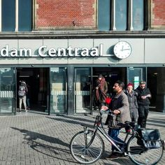 Country: Netherlands🇳🇱 City: Amsterdam Location: Central Station  Date: November/2016 🚲