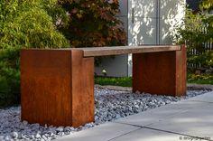 Gartenbank aus Cortenstahl, Sitzbank aus Esche design@garten