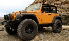 <3 AEV Jeep on the bachelor - American Expedition Vehicles