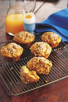 A grab-and-go breakfast you'll feed good about! Whole wheat flour, oats and shredded carrot add loads of nutritious fiber; just 150 calories per muffin.