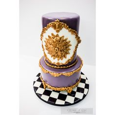 Baroque Cake #fondant #gumpaste #gold #white #purple #cakedecoration #ganache #whitechocolatemudcake #baroque #ornament #baroquethemedcake #gateauxoflove
