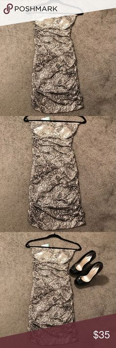Papaya Clothing Dress NWT Papaya clothing ruched dress in sequined silver prints size small. A perfect dress for clubbing or a night at the town. Papaya Dresses Strapless