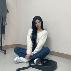 Kpop Girl Groups, Kpop Girls, My Girl, Cool Girl, Yoon Sun Young, Filipino Girl, Warm Dresses, Asian Cute, Thing 1