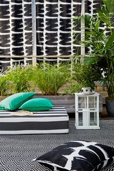 """""""I couldn't have asked for a better collaborator than One Kings Lane, whose head stylist, Andrew Stewart, took a mere four days to transform my sad outdoor space into a vibrant retreat..."""" (click for full story!)"""