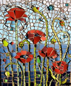 Love this mosaic. Would look amazing on the garden fence. Stone Mosaic, Mosaic Glass, Glass Art, Stained Glass, Fused Glass, Mosaic Flowers, Glass Flowers, Mosaic Wall Art, Mosaic Tiles