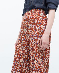 PRINTED WIDE-LEG TROUSERS-Flowing-Trousers-WOMAN | ZARA United States