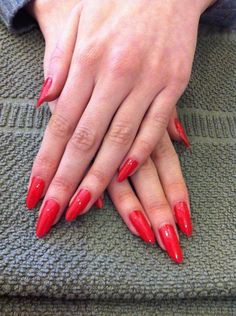 Red Hollywood Shellac Stiletto natural nails