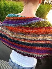 I really tried. I really did. But I failed. I was already working on the short rows and realised that I did not like the color combination I was using. It is not the yarn. It is lovely. Madeline To...