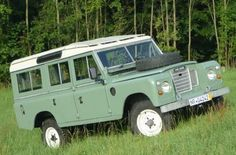 This Green Rover Wants to Come Over | Petrolicious Land Rover Series III SIII diesel