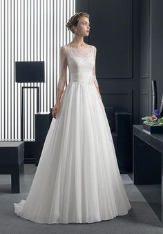 Two by Rosa Clará RELIC Wedding Dress - The Knot