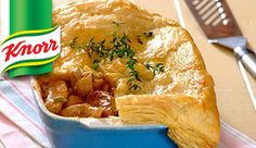 Create a delicious pie filling with chicken, mushrooms, spring onions and KNORR Stew Granules ‐ top it with puff pastry and it will be ready in no time!
