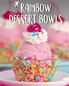 Recipe Videos of delicious food ideas for quick meals to simple deserts. See more ideas about Tasty videos, Food and Tasty Rainbow Snacks, Rainbow Desserts, Kid Desserts, Rainbow Food, Easy Kids Dessert Recipes, Colorful Desserts, Dessert Oreo, Dessert Bowls, Yummy Treats