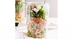 Lunch box : 20 idées de déjeuner à apporter au bureau Nutrition, Midi, Table Decorations, Yum Yum, Affirmations, Salad, Eating Healthy, Homemade, Desk