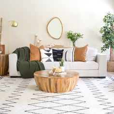 Goa Coffee Table in Brown Boho Apartment, Design Apartment, Apartment Living, Apartment Hacks, Boho Living Room, Earthy Living Room, Earth Tone Living Room Decor, Living Room With Plants, Moroccan Decor Living Room