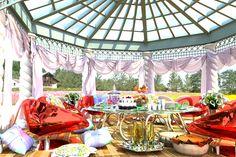 エクセレントなピクニック by +α Valance Curtains, Home Decor, Decoration Home, Room Decor, Interior Design, Home Interiors, Valence Curtains, Interior Decorating