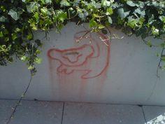 Love it even if it is graffiti... LION KING<3