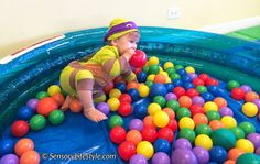 Top 10 Sensory Activities for your 2 Month old baby. Your newborn tot will indulge in these tailored play activities for your old child by an OT. 8 Month Old Baby Activities, Infant Sensory Activities, Baby Sensory Play, Montessori Activities, Baby Play, Fun Activities, Sensory Tubs, Toddler Play, Baby Toys