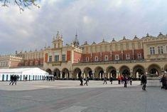 Reisebericht: Vier Tage in Krakau - Reisetipp von christine unterwegs Louvre, Building, Travel, Krakow, Poland, Travel Report, Travel Advice, Viajes, Buildings