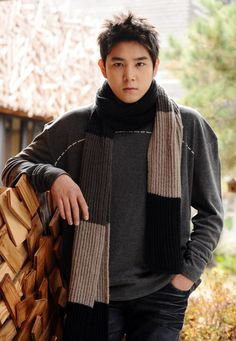 Kangin will be a permanent member on 'Man Who Feeds the Dogs'!Kangin and his dog Chunhyang will be taking over for actor Kim Min Joo… Siwon, Heechul, Eunhyuk, Korean Boy Bands, South Korean Boy Band, Kangin Super Junior, Super Junior Members, Kim Young, Last Man Standing