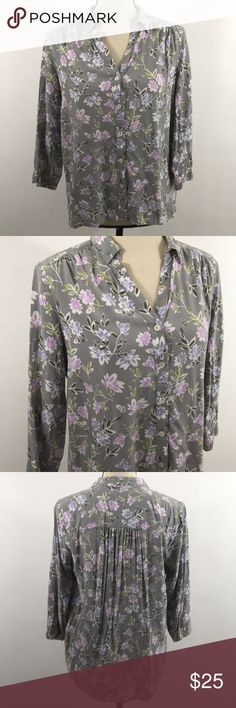 J. Jill Petite Women's Floral Print Blouse Size - Petite small Floral print Condition - excellent pre-owned condition no signs of wear. J. Jill Tops Blouses