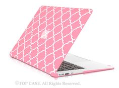 """Pink Quatrefoil / Moroccan Trellis Ultra Slim Light Weight Hard Case Cover for Apple MacBook Air 11"""" Model: A1370 and A1465"""