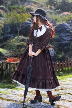 I Trend Della Moda Harajuku: Street Fashion Giapponese - Color Me Fall Harajuku Fashion, Kawaii Fashion, Cute Fashion, Rock Fashion, Fashion Boots, Cute Dresses, Vintage Dresses, Cute Outfits, Emo Outfits