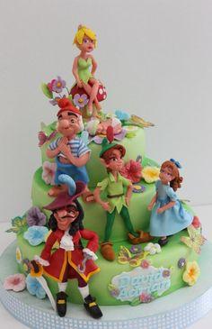 Peter Pan - Cake by Viorica Dinu