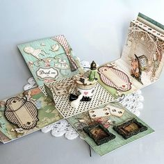 No photo description available. Alice In Wonderland Crafts, Alice In Wonderland Tea Party Birthday, Baby Mini Album, Alice Book, Homemade Books, Paper Crafts Magazine, Exploding Box Card, Mini Books, Flip Books