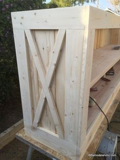 build a farmhouse style planked x tv console or sideboard @Remodelaholic (23)