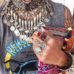 Vintage afgano Kuchi Tribal Metal cadena collar gargantilla collar - Tribal gitano afganos joyería joyería Bohemia declaración-joyería collar de ZamarutJewel en Etsy https://www.etsy.com/es/listing/276511048/vintage-afgano-kuchi-tribal-metal-cadena