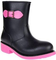 Blue Banana Pink Bow Welly | These alternative wellies are great if you want to stand out from the crowd and look good while doing so. Ideal for walking the dogs and attending festivals, these wellies will keep your feet comfortable even during the longest periods of standing up and walking around. With a stylish feel and fit, these reasonably priced wellies are some of the best out there | #wellies #welly #pink #UK #wonderfulwellie | www.wonderfulwellies.co.uk