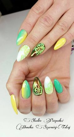 by Monika Szurmiej-Tutaj, Follow us on Pinterest. Find more inspiration at www.indigo-nails.com #nailart #nails