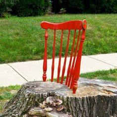 Stump Chair: This would be even better with a more upright stump like a Southern Pine tree.