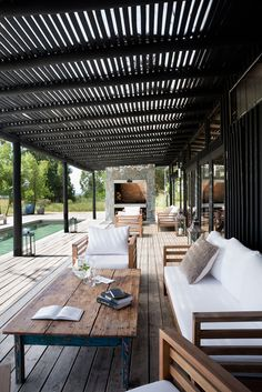 Exteriors, pool, outdoor living room and barbecue . Country house in Uruguay by Martin Gomez Arquitectos. Outdoor Seating, Outdoor Rooms, Outdoor Living, Outdoor Decor, Outdoor Kitchens, Outdoor Patios, Parrilla Exterior, Casa Patio, Open Space Living