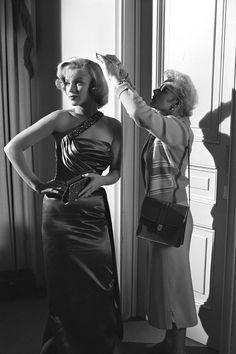 1953 Marilyn Monroe   - HarpersBAZAAR.com