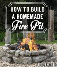 How to Build A Fire Pit | Cool DIY Projects & Homesteading How-Tos | Pioneer Settler | Best DIY Projects for the Homestead at pioneersettler.com |#pioneersettler | #homesteading | #selfreliance Cheap Fire Pit, Diy Fire Pit, Garden Fire Pit, Fire Pit Backyard, Backyard Seating, Sunken Fire Pits, Fire Pit Landscaping, Landscaping Ideas, Natural Gas Fire Pit