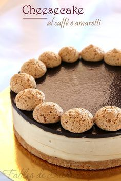 Cheesecake with coffee and macaroons Coffee Cheesecake, Cheesecake Recipes, Dessert Recipes, Patisserie Fine, Torte Cake, Sweet Pie, My Dessert, Sweet Cakes, Wine Recipes