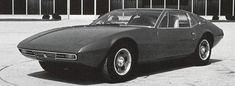 1971 De Tomaso Zonda, an aborted project co-developed with Ford and designed by Tom Tjaarda
