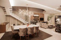 Salas de jantar modernas por Heloisa Titan Arquitetura