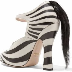 228f6462a6c 25 Bizarre and Crazy Shoes You Must See to Believe Hair Trim
