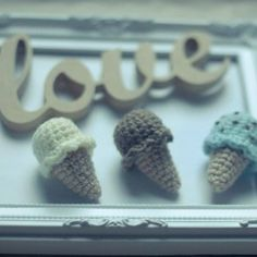 How to crochet ice cream fridge magnets via @Guidecentral - Visit www.guidecentr.al for more #DIY #tutorials