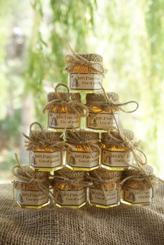 Honey wedding favors for those of you doing rustic/country/barn weddings